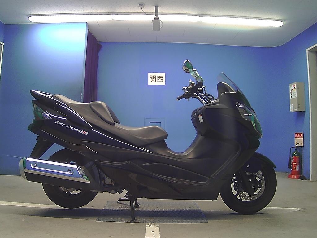Suzuki SKYWAVE 250S